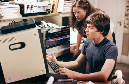 WarGames-Sheedy-and-Broderick-on-computer